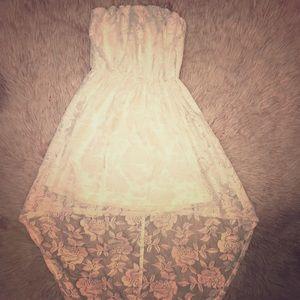 💕Super Cute white My Michelle high-lo lace dress